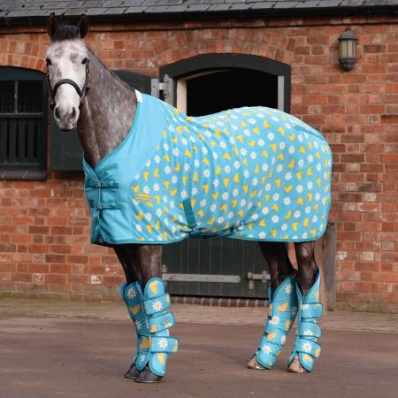 WeatherBeeta Fleece Cooler Standard Neck, Chick Daisy